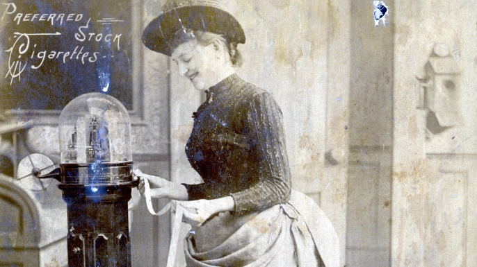 1890s stockbroker. (Credit: Bettmann/Getty Images)