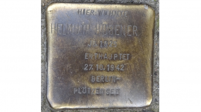 Plaque for Helmut Hubener. (Credit: Hinnerk11/Wikimedia Commons/CC BY-SA 4.0)