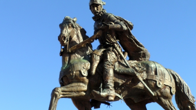 Statue of Juan De Onate in Alcalde, New Mexico. (Credit: Mario1952/Flickr Creative Commons/CC BY 2.0)