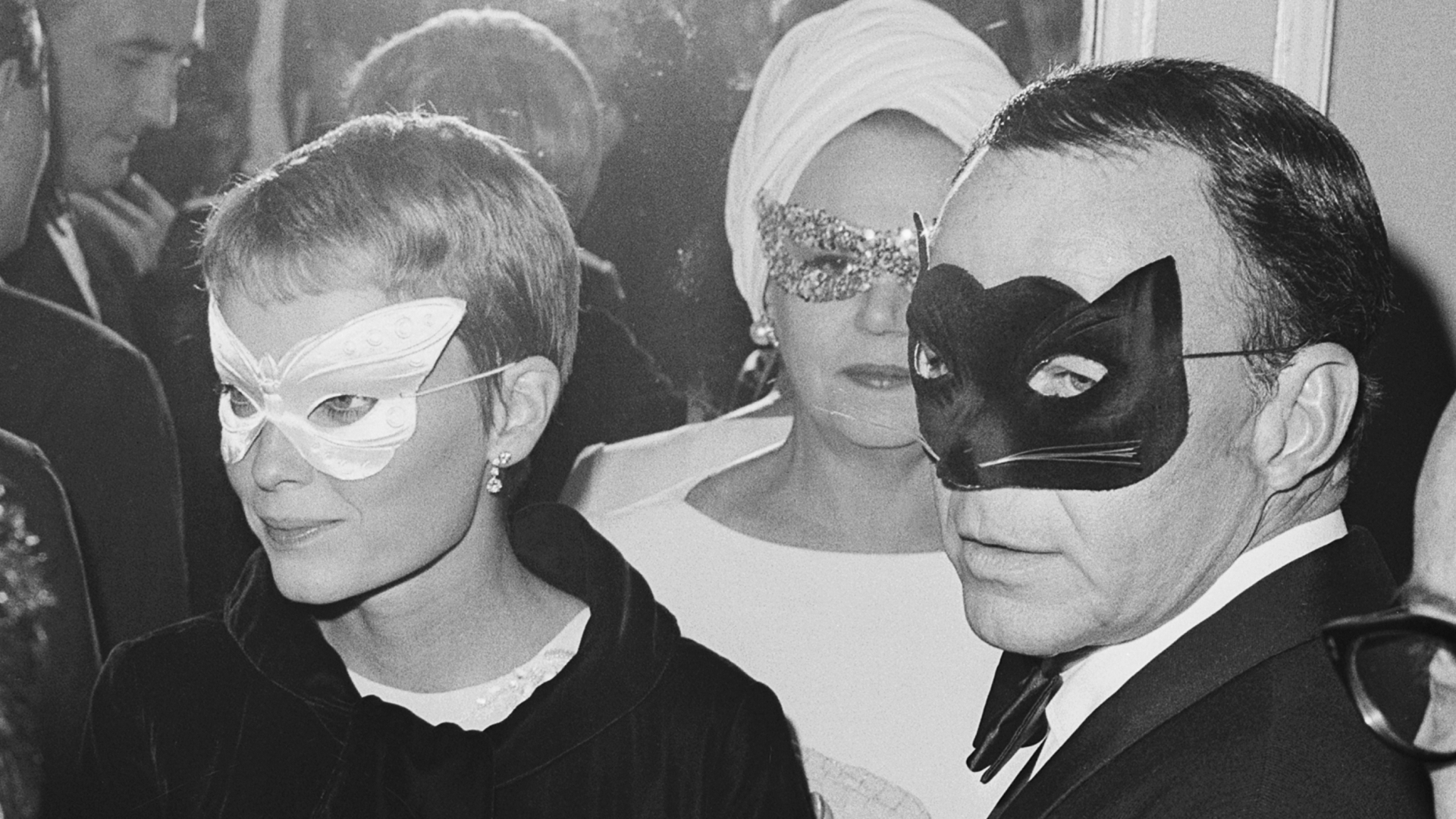Frank Sinatra and his wife, actress Mia Farrow, arriving at Truman Capote's Black and White Ball.