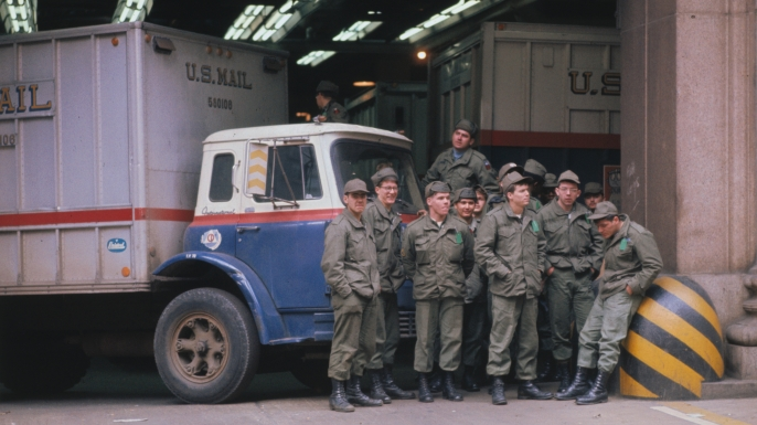 Servicemen filling in for striking postal workers at General Post Office March 24, 1970. (Credit: Bettmann Archive/Getty Images)