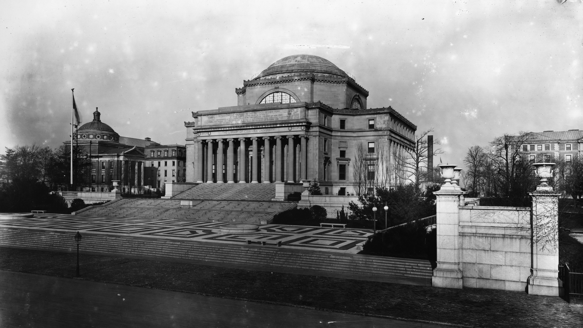 Low Library at Columbia University, New York, where Dewey was a head librarian. (Credit: Geo. P. Hall & Son/The New York Historical Society/Getty Images)