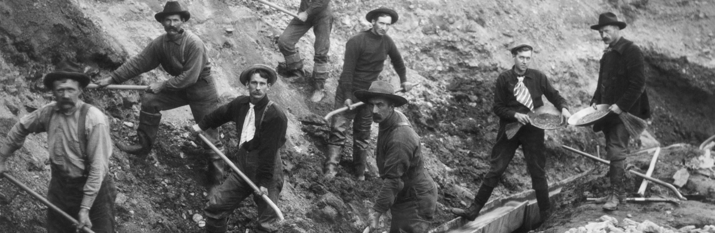 Miners that came to Alaska for the Klondike Gold Rush. (Credit: Bettmann Archive/Getty Images)