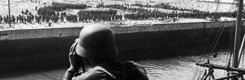 Dunkirk evacuation of allied troops. (Credit: Ullstein Bild via Getty Images)