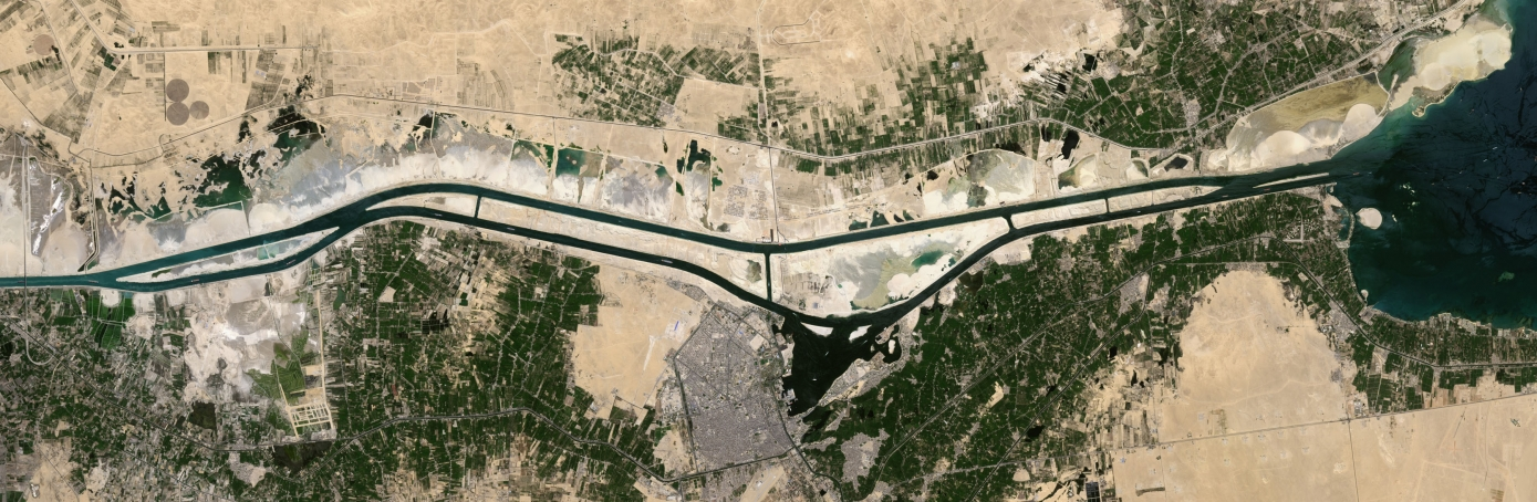 Satellite image of the Suez Canal in Egypt, 2015. (Credit: USGS/NASA Landsat/Orbital Horizon/Gallo Images/Getty Images)