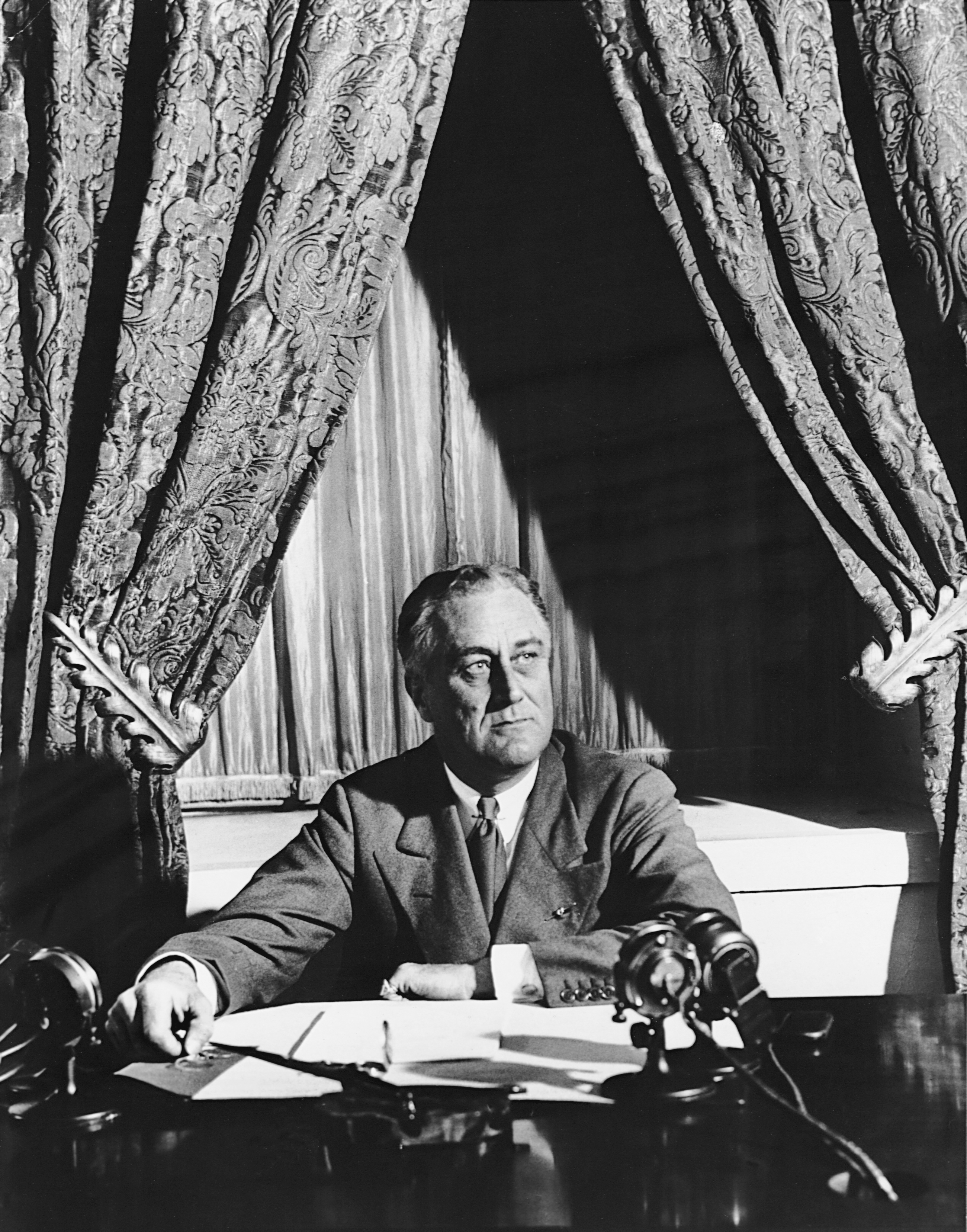 new franklin chat sites Background when franklin delano roosevelt was elected to the  speech in  which he promised a new deal for the american people.
