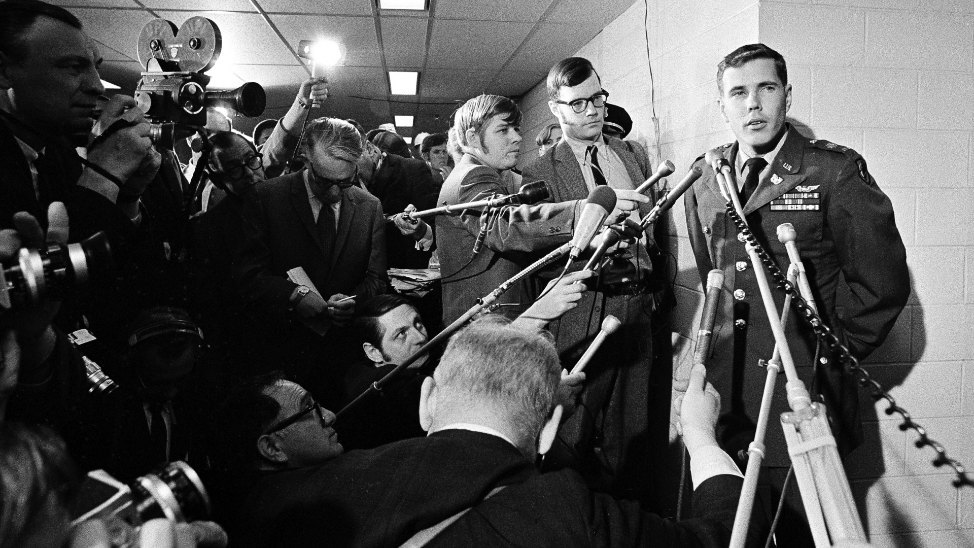 Hugh C. Thompson Army helicopter pilot, meeting with newsmen after appearing before an Army hearing at the Pentagon into  the original investigation of the massacre at My Lai, 1969. (Credit: AP Photo)