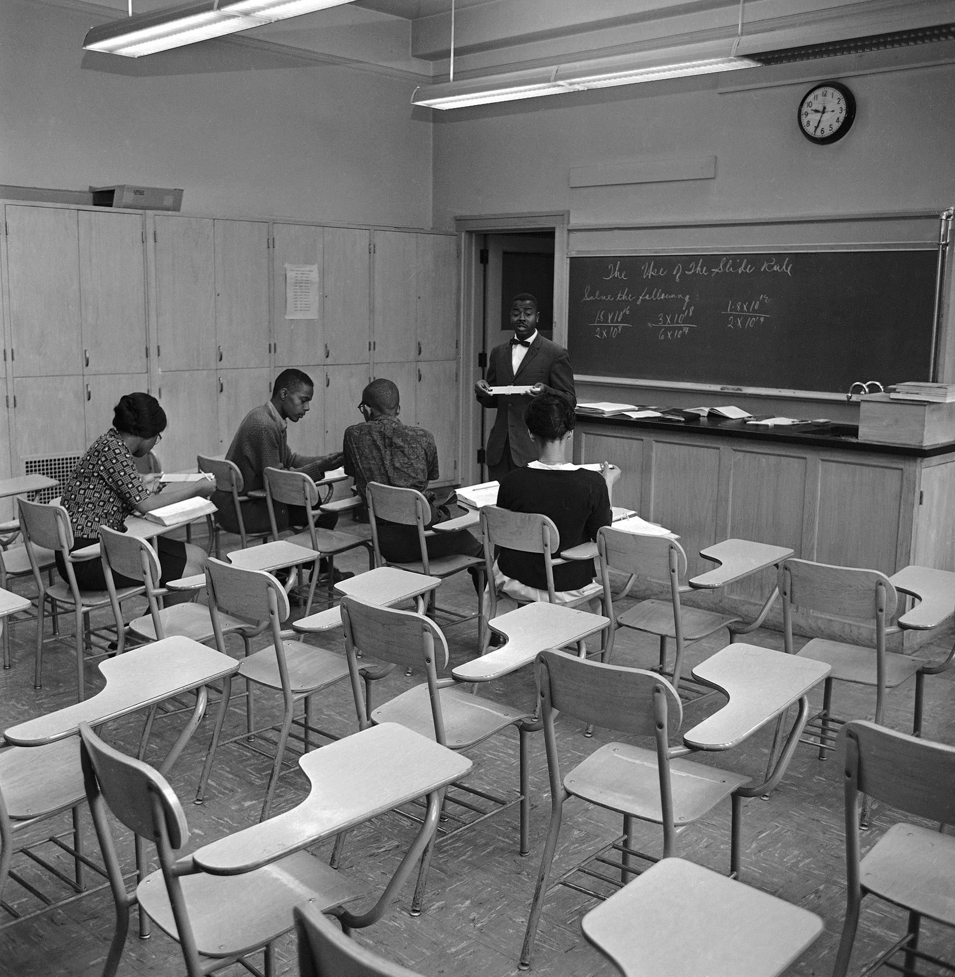 Four students, of the 38 that usually attend the class, seen studying at Englewood High School in Chicago on the day of the school boycott. (Credit: AP Photo)