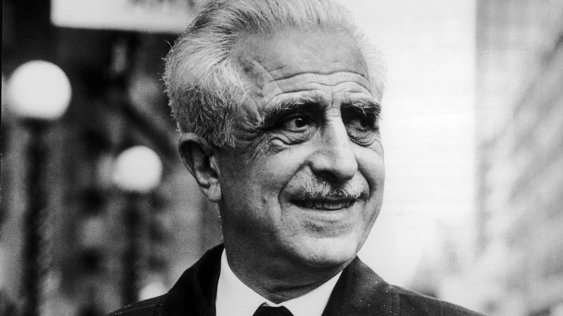 Doctor Gregory Pinchus, 1966. (Credit:  Keystone-France/Gamma-Keystone via Getty Images)