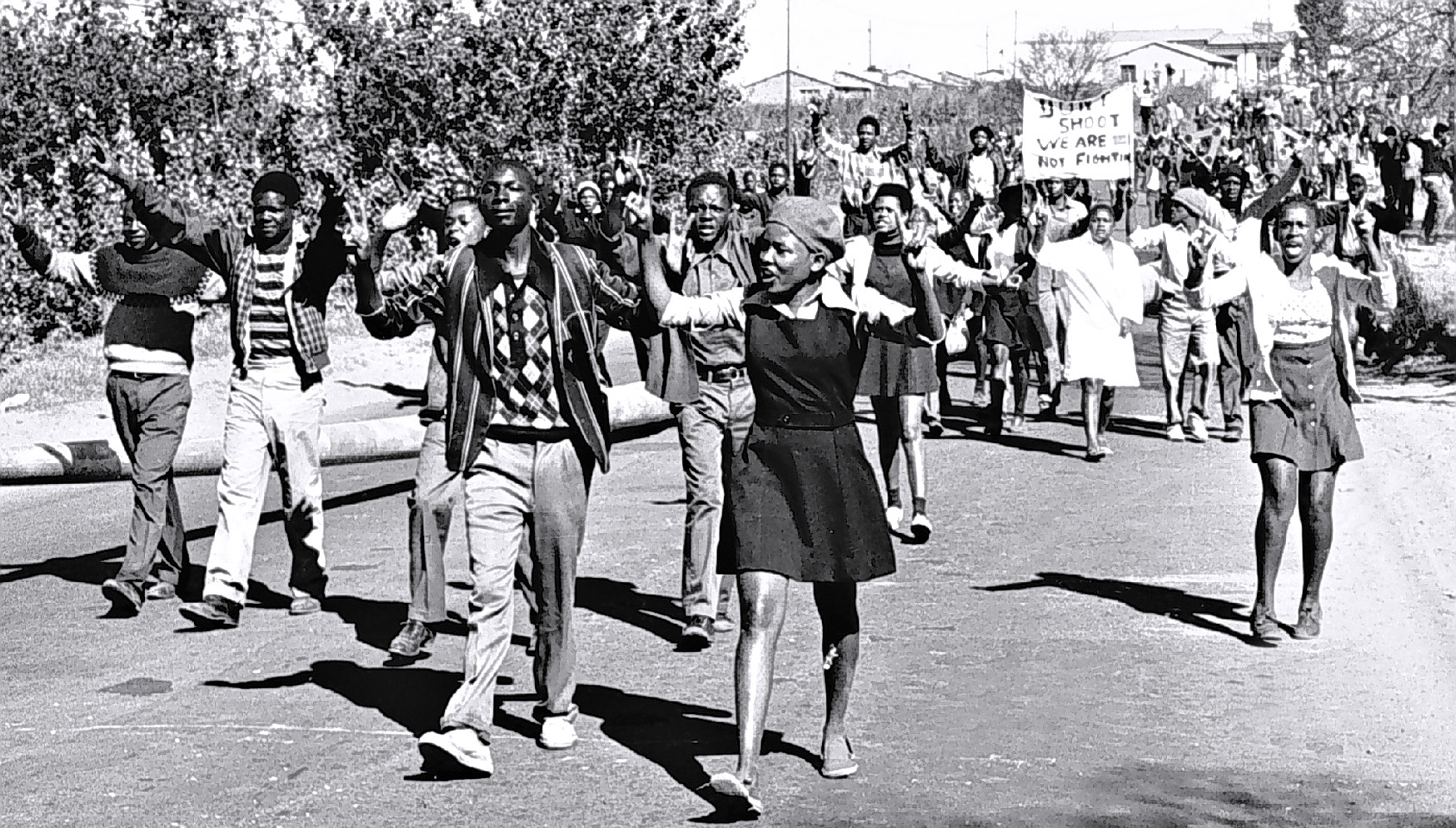 High-school students in Soweto, South Africa, protesting for better education, 1976. (Credit: Bongani Mnguni/City Press/Gallo Images/Getty Images)