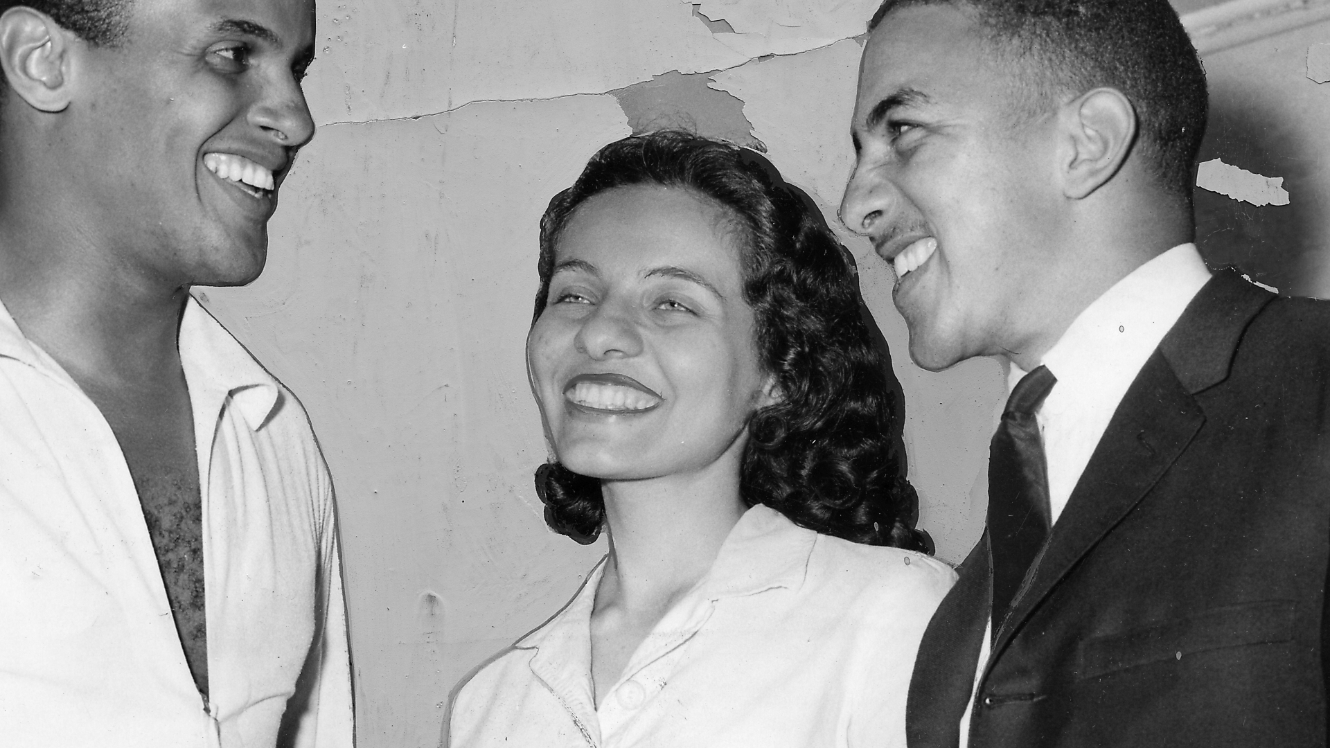 Musician and actor Harry Belafonte with Freedom Riders Diane Nash and Charles Jones, discussing the Freedom Riders movement, 1961. (Credit: Afro American Newspapers/Gado/Getty Images)