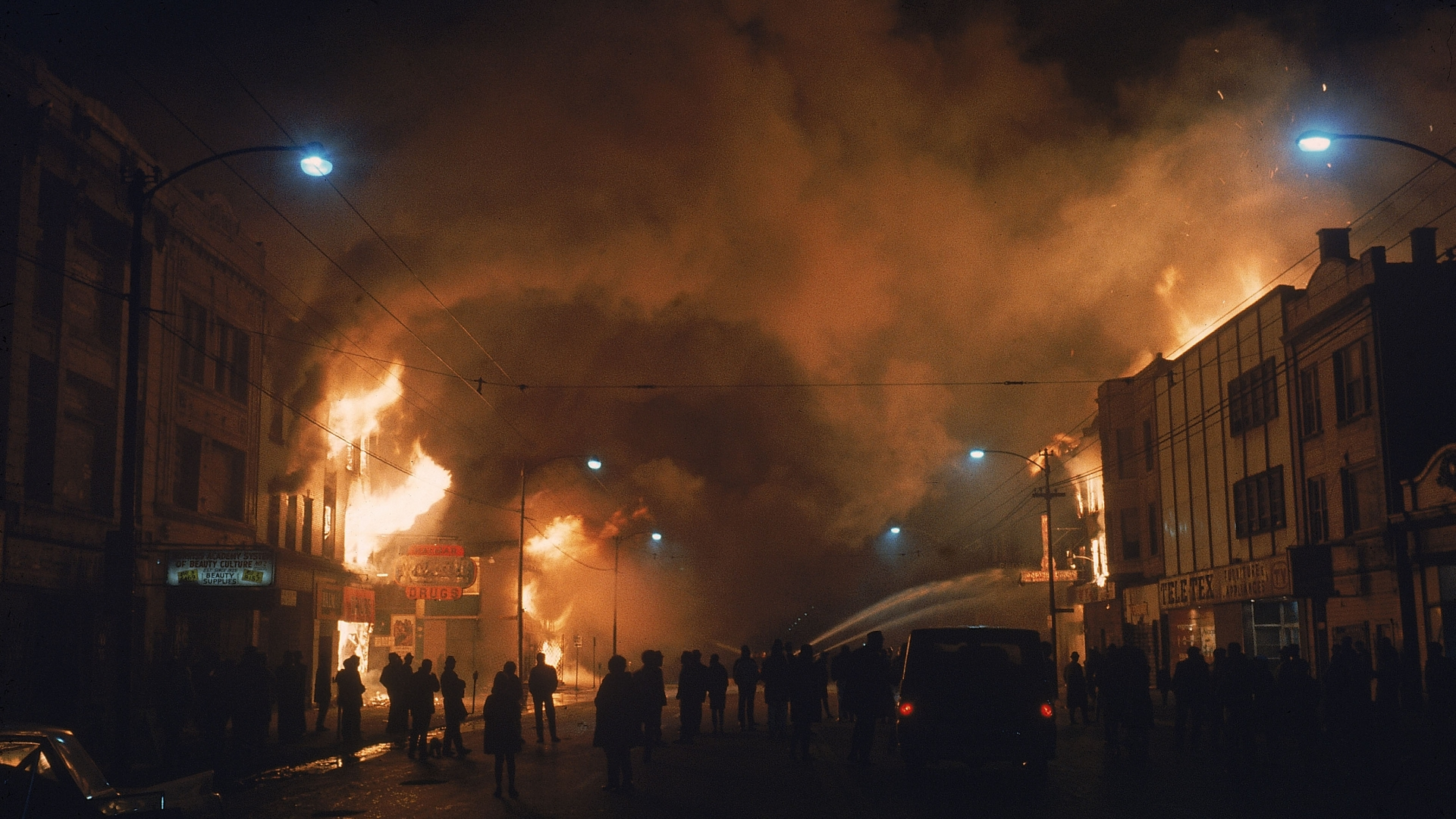Streets ablaze from rioting following the assassination of Martin Luther King Jr., 1968. (Credit: Lee Balterman/The LIFE Picture Collection/Getty Images)
