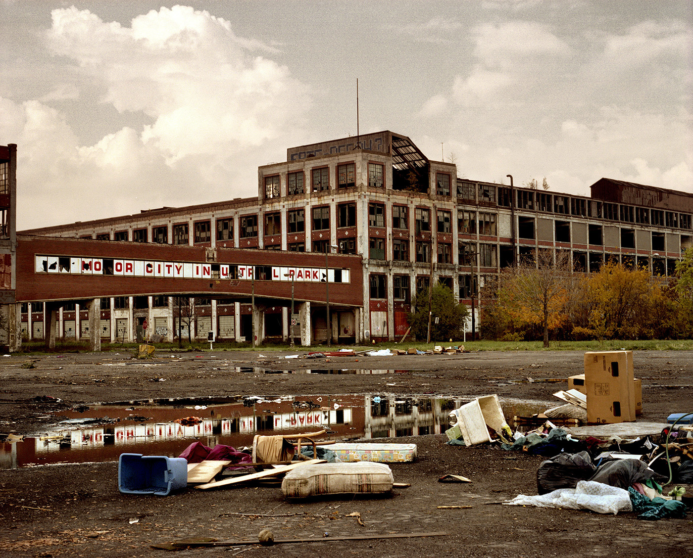 An abandoned car company plant known as Motor City Industrial Park, 2008. (Credit: Alessandro Cosmelli/Contrasto/Redux)
