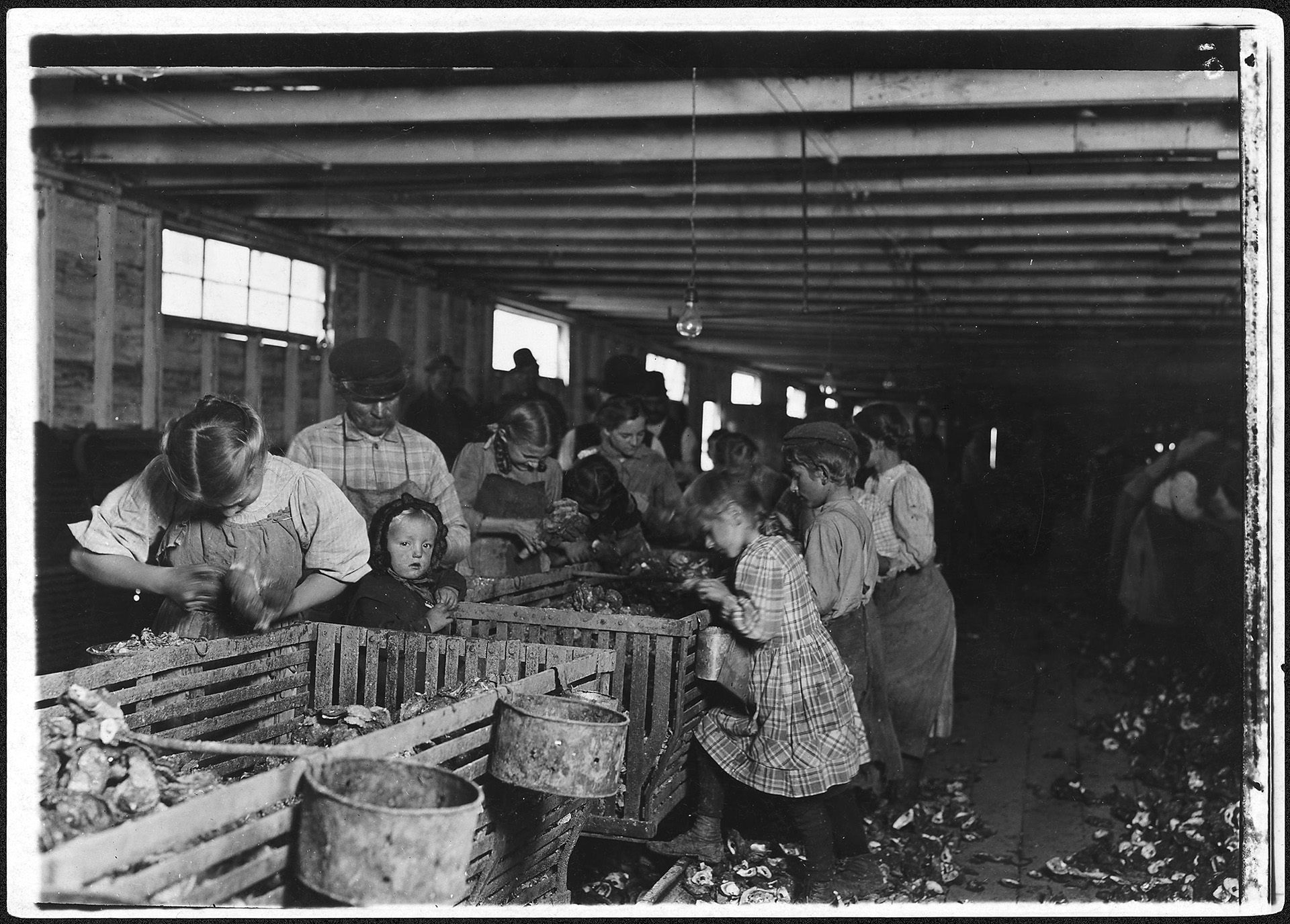 (Credit: Lewis Hine/The U.S. National Archives)