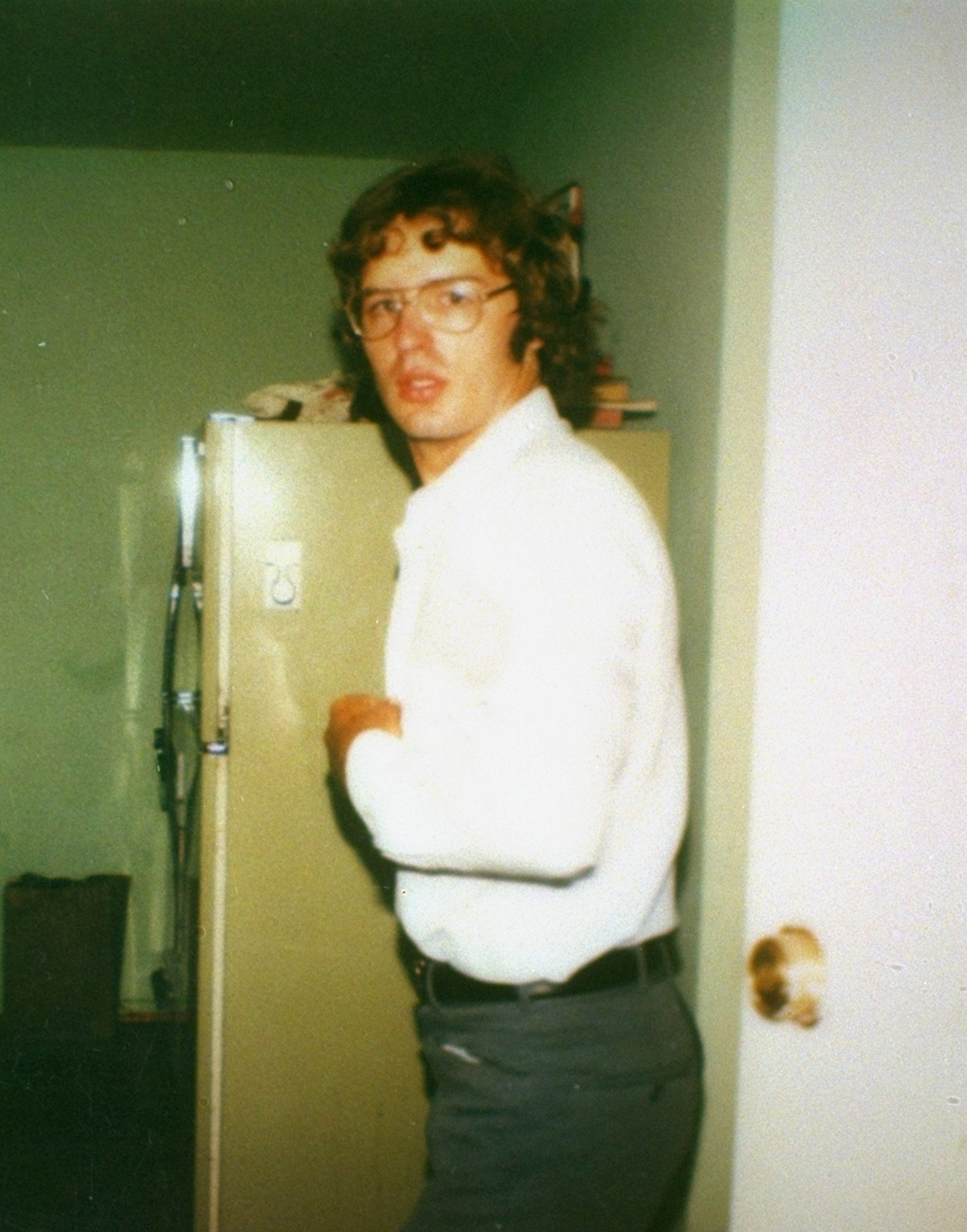 A 1981 photo of David Koresh taken at the Mount Carmel compound of the Branch Davidians cult near Waco, Texas. Twelve years later he and the compound would find themselves involved in a tragic standoff with the police. (Credit: AP Photo)