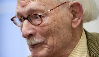 Dutch Teacher Who Saved 600 Jewish Children from Nazis Dies at 107