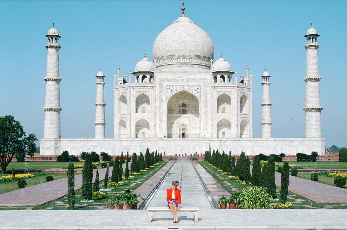 Diana Princess of Wales sitting in front of the Taj Mahal during a visit to India, 1992. (Credit: Tim Graham/Getty Images)