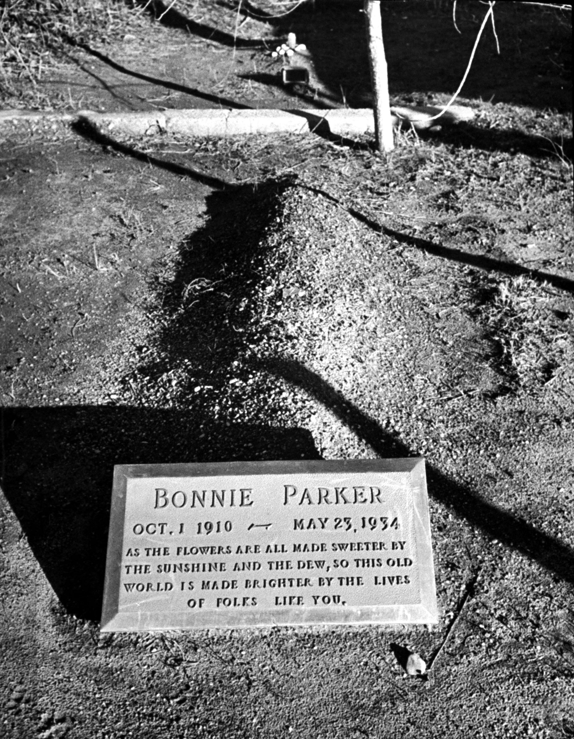 Bonnie Parker Death Photo